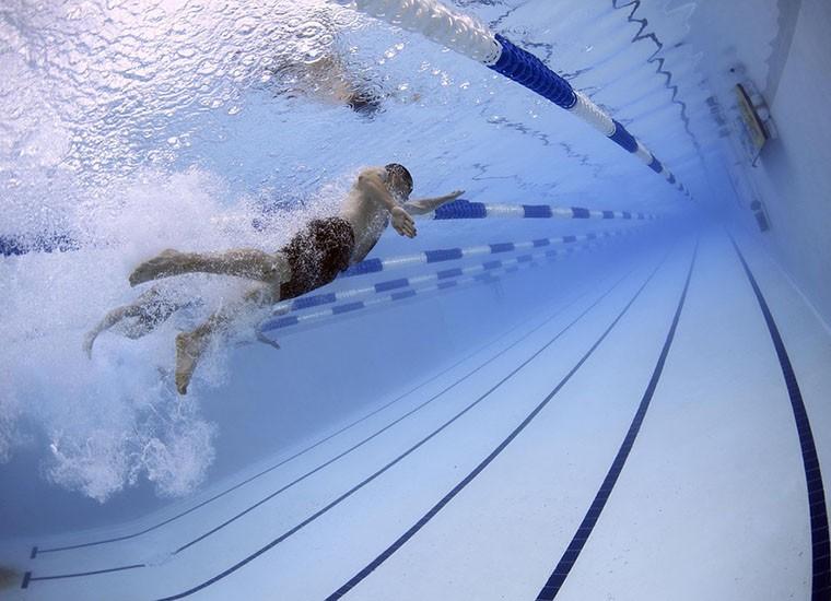 dimagrire nuotando