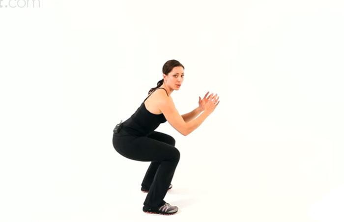 esercizi-dimagrire-gambe-squat2